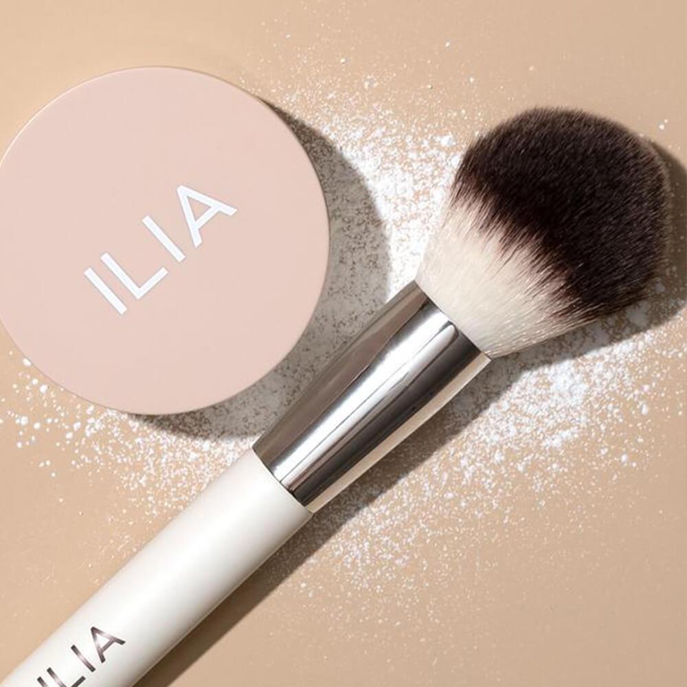 ILIA BEAUTY Puder wykończeniowy 3 _ SoBio Beauty Boutique _ Cruelty Free Concept Store 9